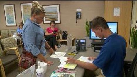 Teen volunteers get a taste of the medical field at LDS Hospital - fox13now.com   Volunteer Engagement   Scoop.it