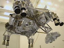 Curiosity : un rover de la taille d'une voiture prêt à s'élancer sur Mars | Space matters | Scoop.it