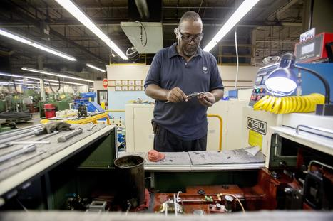 Rock Valley College to establish a manufacturing training center to replace retiring Baby Boomers at Rockford area factories | A Potpourri of Technology, Manufacturing and Personal Interests | Scoop.it