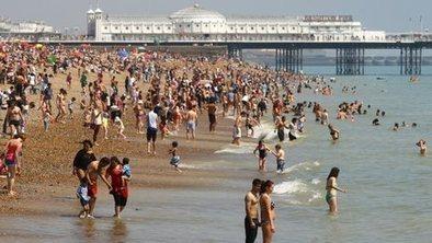 Heatwave alerts for much of England | Hanson Zandi News | Scoop.it