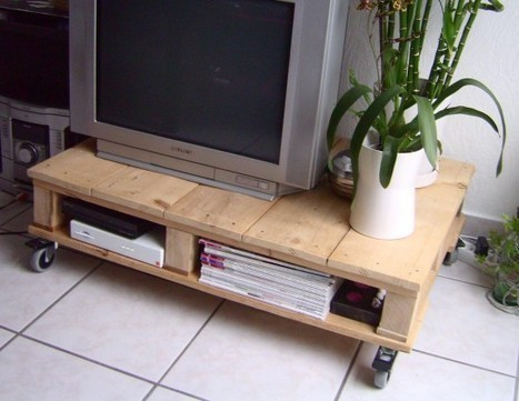 TV Stand | Let's Upcycle! | Scoop.it