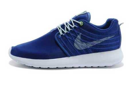 Cheapest Nike Roshe Run Size Dyn FW Womens Blue White Couple UK Clearance Factory Outlet | Nike Roshe Flyknit | Scoop.it