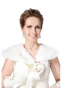 Nice quality pure white faux rabbit fur short fur shawl | Comfortable faux fur coat fashion | Scoop.it
