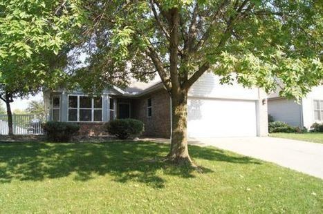 Quiet Cul-de-sac, Fully fenced yard, Vaulted Ceilings Home for Sale | homes for sale | Scoop.it