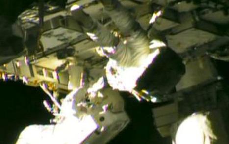 Astronauts end spacewalk to fix ammonia leak   Astronomy News   Scoop.it