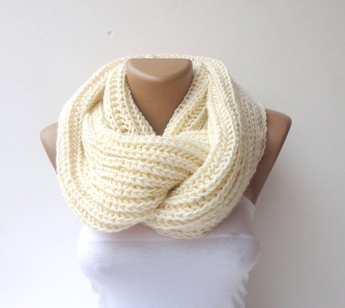 Accessory Trends: The Snood
