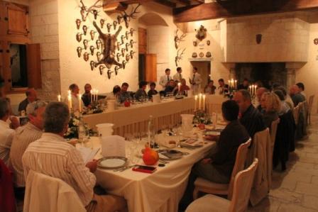 Staying vertical in Chinon | VinoSolex | Dégustation verticale de vins de Chinon : 1934-2005 | Scoop.it