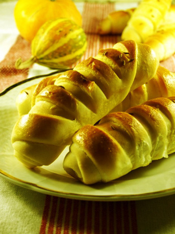Croissants with cheese   Baking and Recipes   Scoop.it