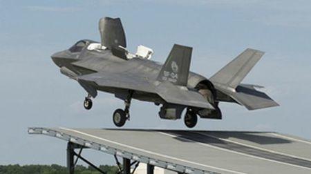 F-35B makes first ski-jump launch | Aerospace industry watch - Paris Air Show | Scoop.it