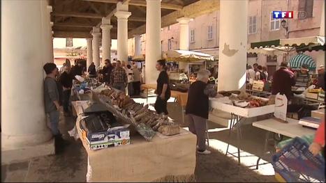 Le journal de 13h - Sur l'Île de Beauté, les étals de marchés prennent un bain de soleil | Ile Rousse Tourisme | Scoop.it