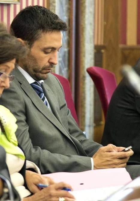 El PP se opone a investigar los 207.000 euros de teléfono del concejal de Burgos   Así le va a España   Scoop.it