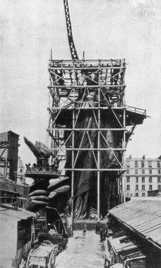 vintage everyday: The Statue of Liberty Arrived in New York Harbor 130 Years Ago Today | Ken's Odds & Ends | Scoop.it
