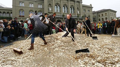 Swiss vote for sweet minimum monthly wage: $2,800 — RT News   Economics   Scoop.it