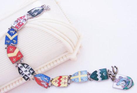 Coat of Arms Enamel Silver Plated Link Bracelet / Souvenir Charm Bracelet / England / Vintage Jewelry | Vintage and Antique Jewelry & Fashion | Scoop.it
