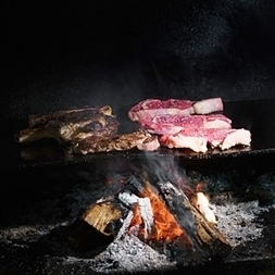 Now You're Cooking with Fire, Like a Caveman – MensJournal.com   Cooking   Scoop.it