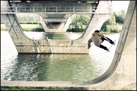 le rouennais Adrien Bulard |  Beachbrother.com - surf, skate & snowboard magazine | Rouen | Scoop.it