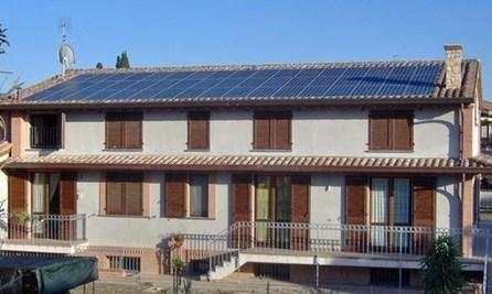 Piccoli impianti fotovoltaici sui tetti, dal 24 novembre operativo il Modello Unico | 2B3 La tua casa in legno | Scoop.it