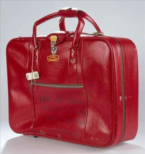 Culture Victoria - Red Vinyl Suitcase   Year 6 English - Australians of Asian heritage stories   Scoop.it
