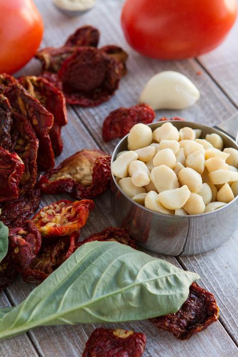 5-Minute Vegan Cream of Tomato Soup | Healthful Pursuit | My Vegan recipes | Scoop.it
