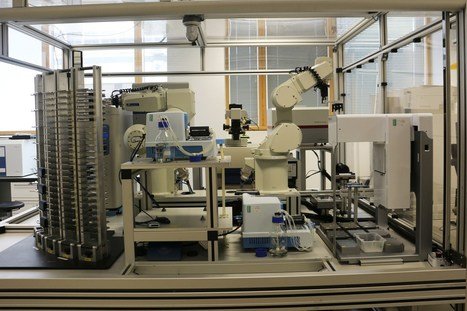 BBSRC mention: Robot scientist 'Eve' could make drug delivery cheaper | BIOSCIENCE NEWS | Scoop.it