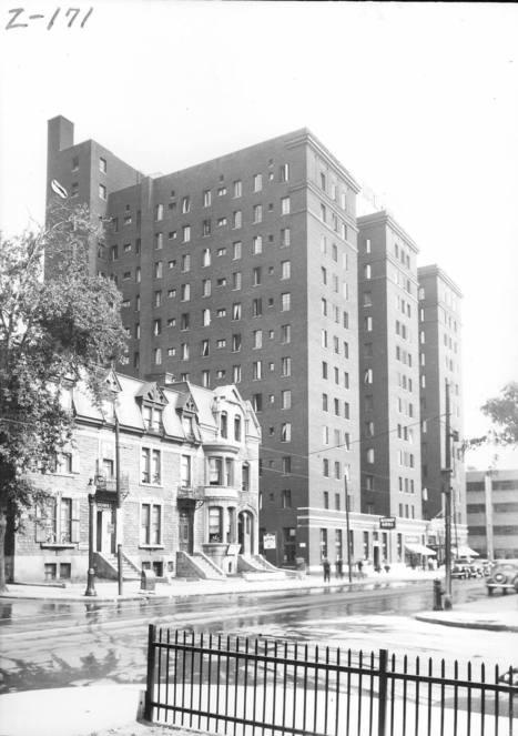 Hôtel Ford (1425, boulevard Dorchester Ouest, devenu boulevard René-Lévesque), 10 août 1936   Photos ancestrales de Montréal   Scoop.it