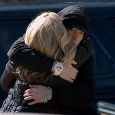 WATCH: Eminem apologizes to mother in 'Headlights' video   Around The Net   Scoop.it