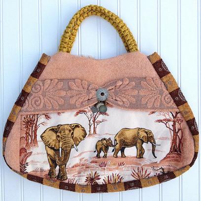 Aim High - African elephant vintage handbag   Vintage Handbags   Scoop.it