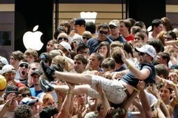 "Apple's iPhone 5 Release Draws Biggest Crowds to Date | Mobile Marketing Watch | ""Biz Mobile Marketing"" 