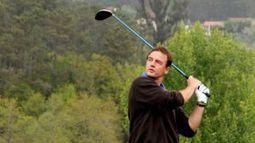 Lequio practica golf en Mondariz - La Voz de Galicia | clases golf barcelona | Scoop.it