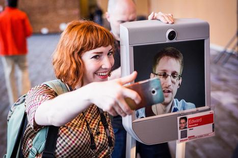 Snowden : la réalité augmentée changera notre rapport politique au monde - Politique - Numerama | Médiations numérique | Scoop.it