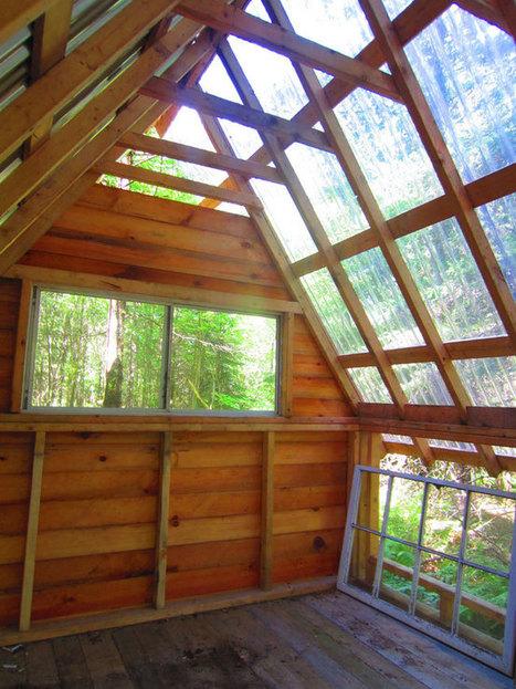 Deek's $350 Micro Cabin In The Woods of Vermont | Pallet Construction | Scoop.it