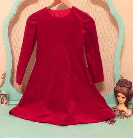 Vintage 60s XXS/XS Red Valentine Velvet Mini Dress | New Vintage Etsy Shop Valleyofthedollies | Scoop.it