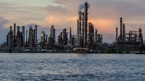 Oil refineries in Louisiana have accidents almost every day | GarryRogers NatCon News | Scoop.it
