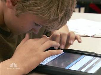 At one school district, the motto is BYOT - Bring Your Own Technology | Educ8 Tech | Scoop.it