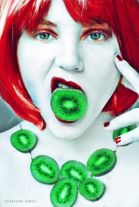 16-Year-Old's Wildly Fruity Self-Portraits - My Modern Metropolis | What Surrounds You | Scoop.it