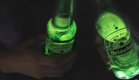 WATCH: Beer Bottle That Lights Up Coming Soon? | Strange days indeed... | Scoop.it