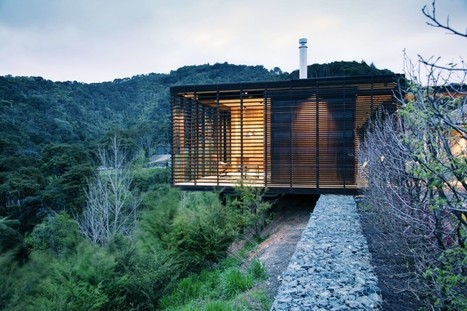 Stone and timber-clad Hilltop Residence integrates with the environment in New Zealand | Innovative Architecture and Façade design | Scoop.it