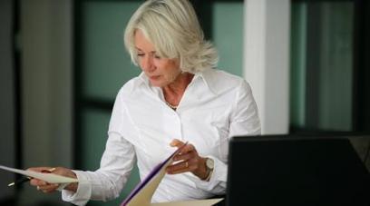 Le contrat de génération favoriserait l'égalité professionnelle | COURRIER CADRES.COM | Egaux au travail | Scoop.it