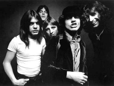 AC/DC's iTunes Debut Sells 48,000 Digital Albums, 696,000 Songs | Music business | Scoop.it