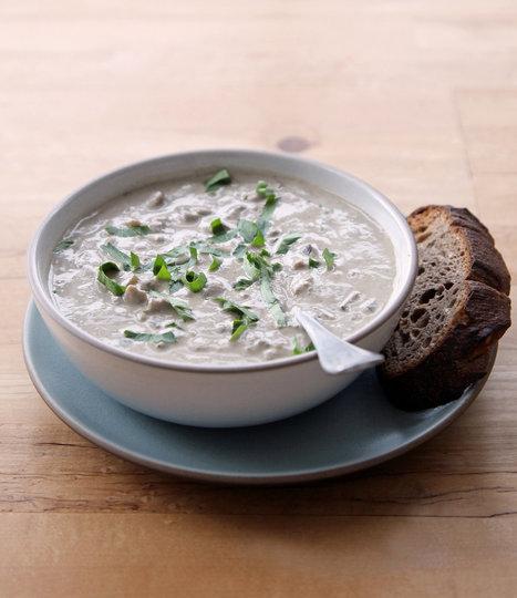 You Won't Believe This Lush, Creamy Mushroom Soup Is Vegan | My Vegan recipes | Scoop.it