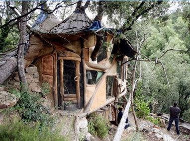 autoconstruction des cabanes dans les c eacut. Black Bedroom Furniture Sets. Home Design Ideas