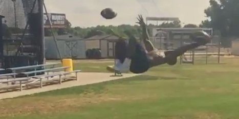 This Is One Of The Most Ridiculous Football Catches We've Ever Seen | Xposed | Scoop.it