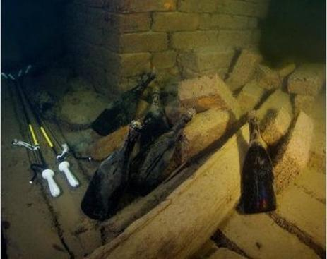 Un champagne vieux de 170 ans, le plus vieux jamais goûté, parfaitement préservé | Think outside the Box | Scoop.it