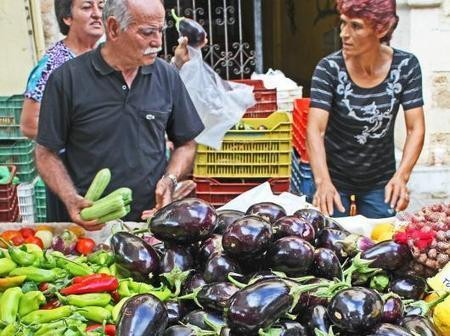 Greeks abandon traditional foods for GMO Western Diet, and an obesity epidemic is the result | YOUR FOOD, YOUR HEALTH: Latest on BiotechFood, GMOs, Pesticides, Chemicals, CAFOs, Industrial Food | Scoop.it
