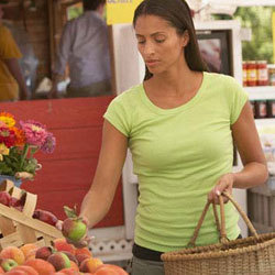 EWG's 2012 Shopper's Guide to Pesticides in Produce™ | Socially Responsible Mama | Scoop.it