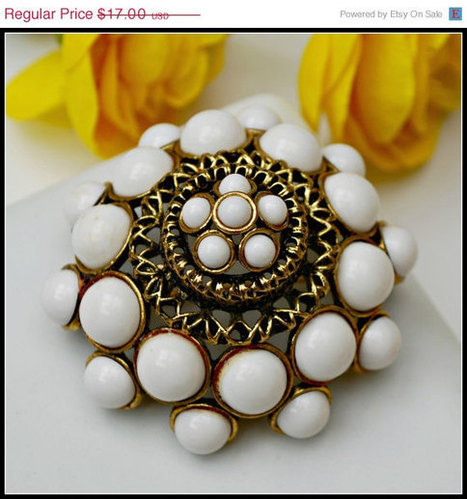 Vintage Large Gold and White Milk Glass domed Brooch | teamlove jewelry | Scoop.it