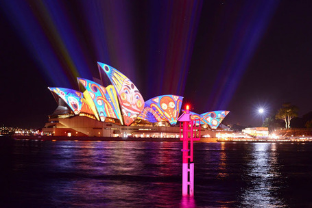 Behind The Lens Lukey: Vivid Sydney 2013 | Everything Photographic | Scoop.it