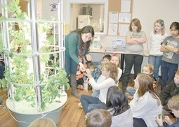 Students in Batavia, Ohio learn about aeroponic gardens | School Gardening Resources | Scoop.it