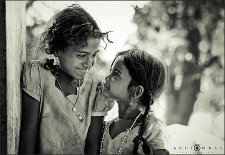 Sharing smile … Crédit photo / Flickr - abhiomkar | The Blog's Revue by OlivierSC | Scoop.it
