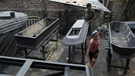 A cidade dos caixões prospera com onda de assassinatos em El Salvador   TecnologoDS Magazine   Scoop.it